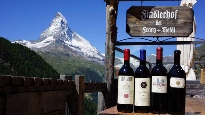 Fine wines set against the background of the Matterhorn in Zermatt