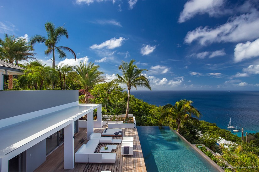 Infinity Pool, Sundeck and balcony overlooking the sea at Legends B