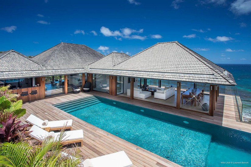 Swimming pool and pavillion at Lital Villas in St Barts