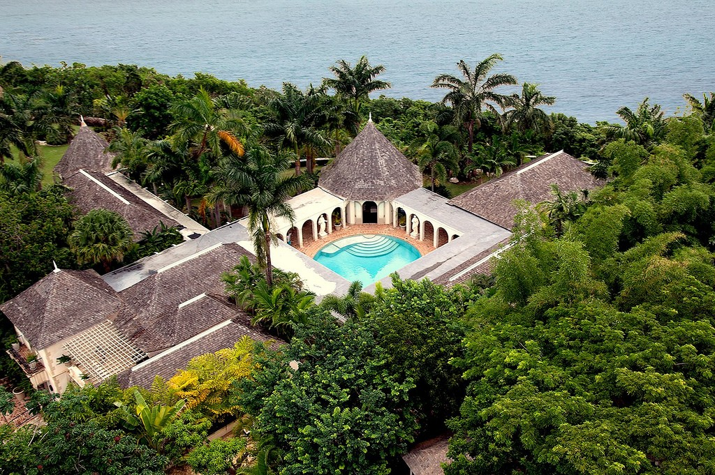 Bambu villa in Jamaica, as seen from above.