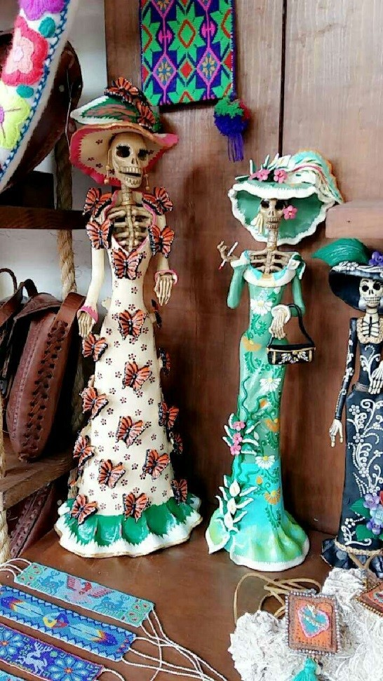 traditional Handmade skull dolls at Sayulita