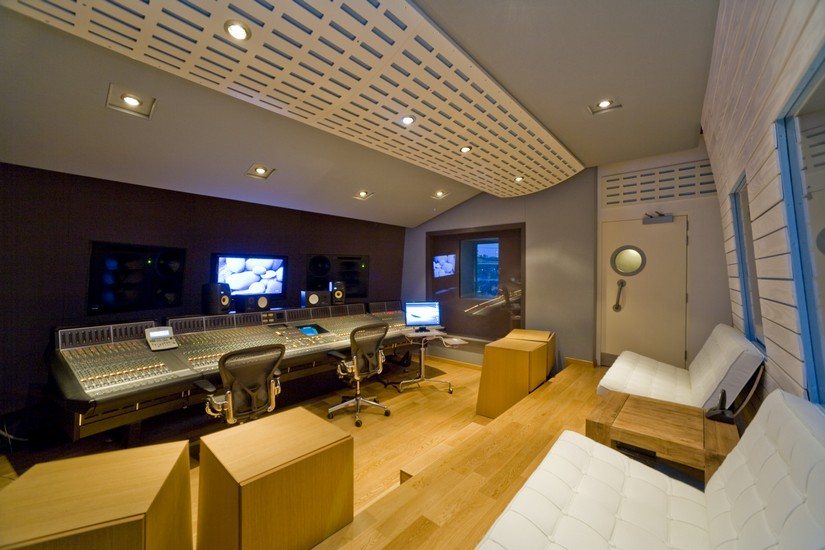 State of the art recording studio at Black Rock Villa