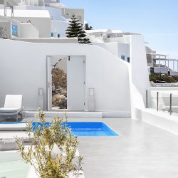 The Best Villas in Santorini