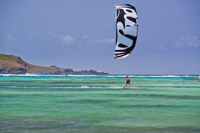 Kite surfing in st barts