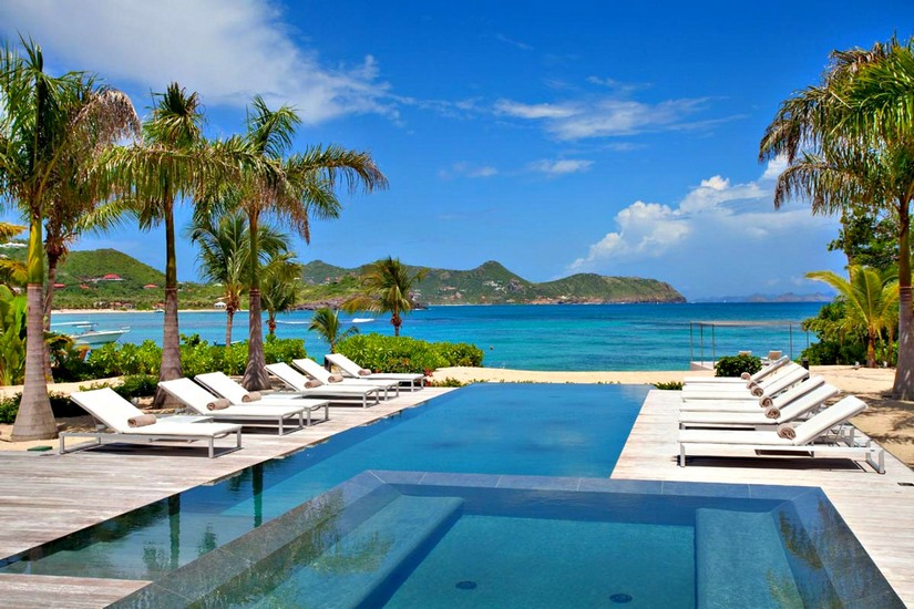 Beachside Villa in St Barts