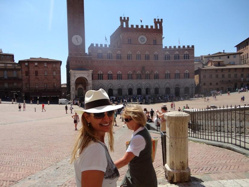 Alex at the Piazza Del Campo