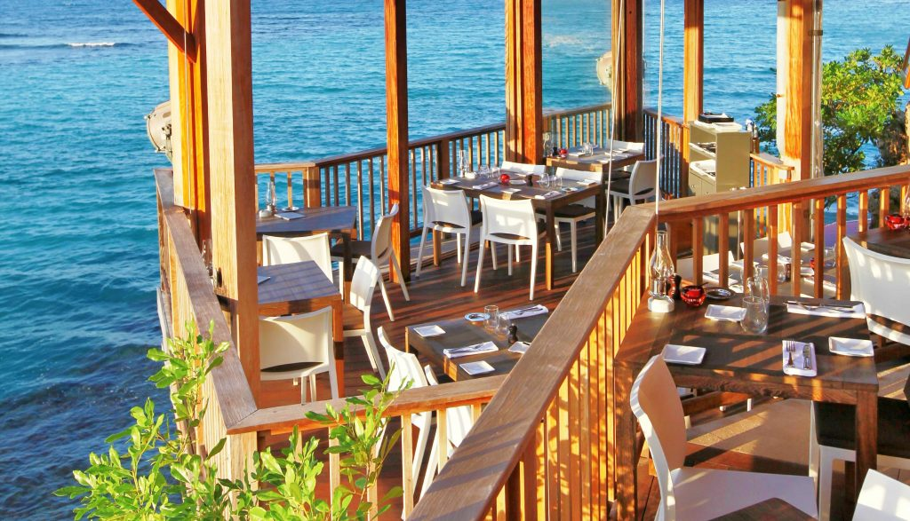 On the Rocks is one of st barts best restaurants - the food is great, it is set bang on the sea with a heart-crushingly beautiful view, and the service is amazing