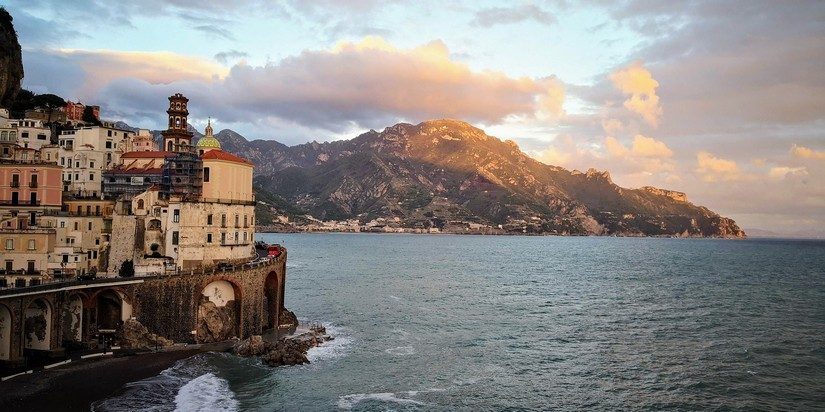 a stunning picture of the Amalfi Coast at sunset