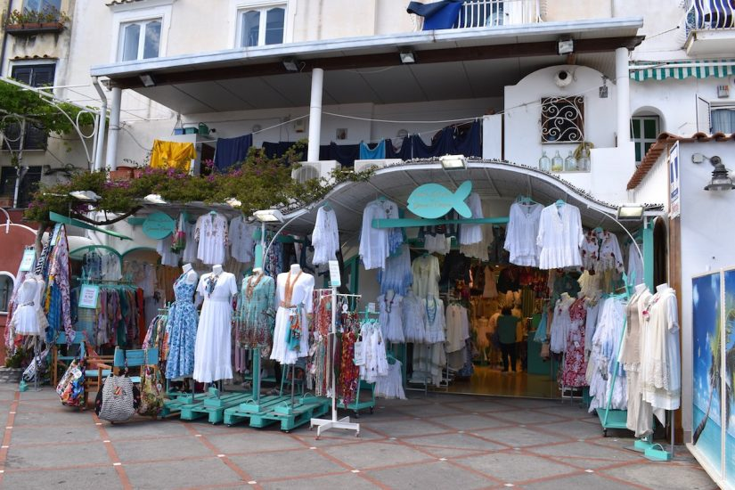 A pretty Italian boutique selling dresses, hats, and other things that you can use to distract your partner while you get down to the more important task of sourcing the next amazing Italian meal. What to do in positano? Use fashion as a decoy!