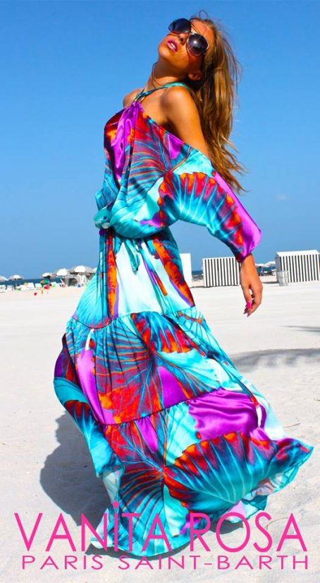 Vanita Rosa is one of the best places in st Barts for some fashionable shopping. Look at this incredible bohemian designed dress