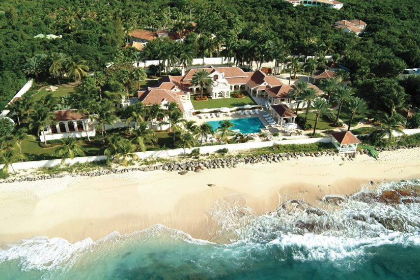 This particular Beachfront villa in the Caribbean is based right on the shores of the secluded beach