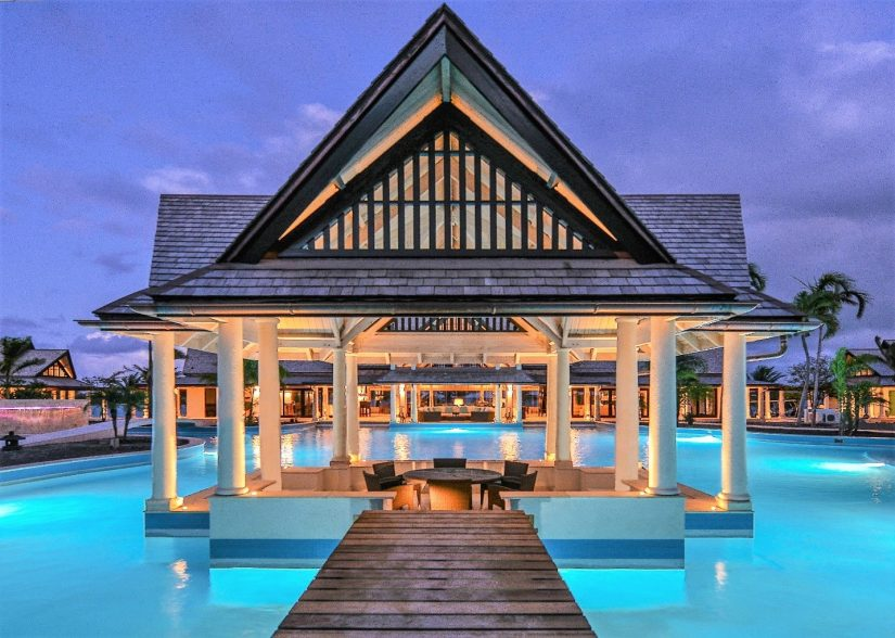 Our prestigious Beachfront Caribbean rentals are fitted with luxurious features such as this inbuilt pool gazebo