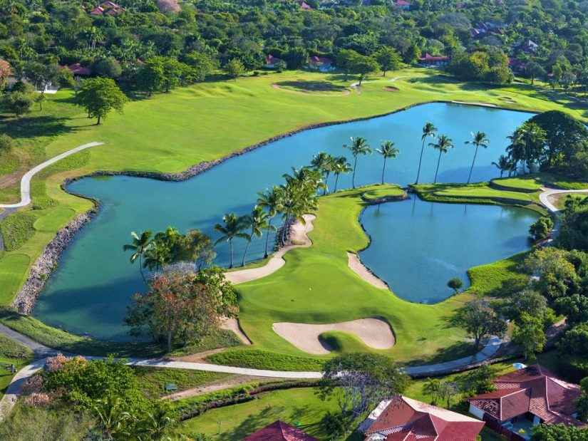 Dominican republic 5 star resorts would not be complete without its extravagant world famous golf courses.