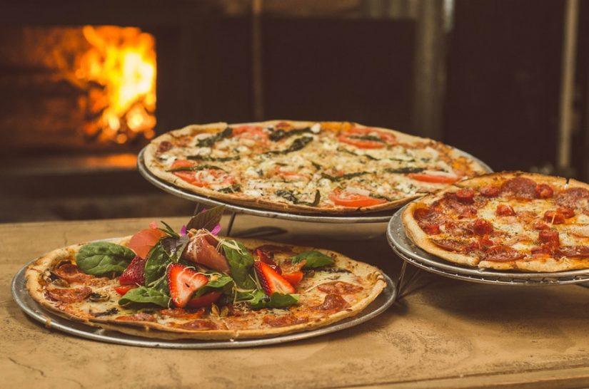 Three delicious pizzas found in all the best restaurants in Sorrento