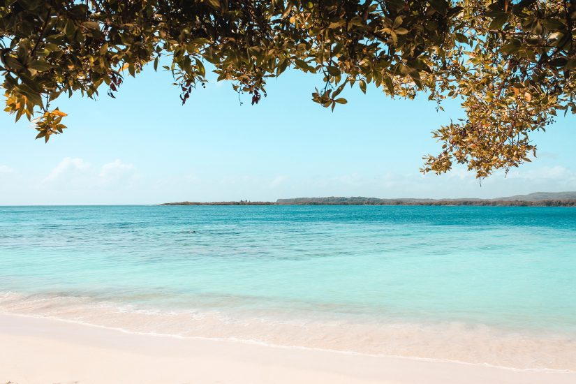 The Bahamas points of interest include the incredible white sand beaches and crystallized turquoise waters