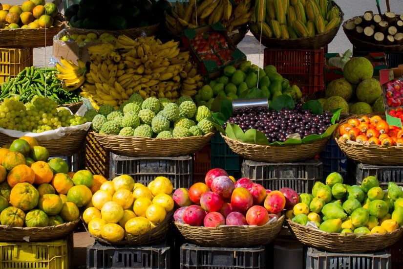 The Best things to do in costa rica is to enjoy the tropical fruits that grow around the country and the fresh tropical juices