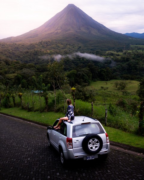 One of the main Costa rica tourist attractions is the majestic Arenal Volcano