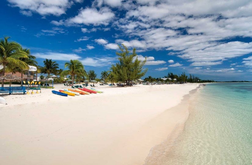 Fortune Beach is one of the Bahamas best beach to visit during your stay