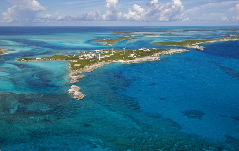 The Bahamas best beaches encompass panoramic views of the Caribbean Sea