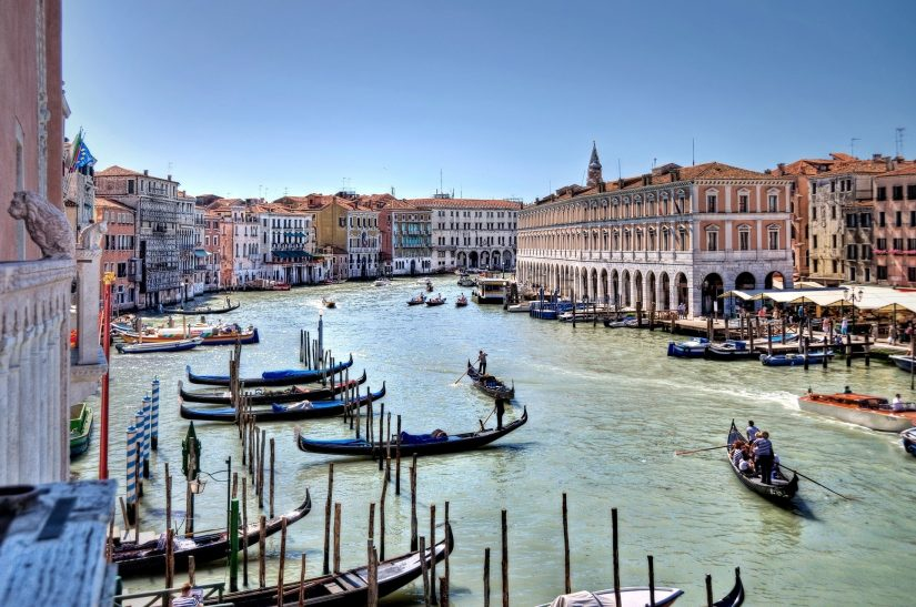 Weddings in venice Italy are laced in romance, and picture perfect to preserve your most precious memories