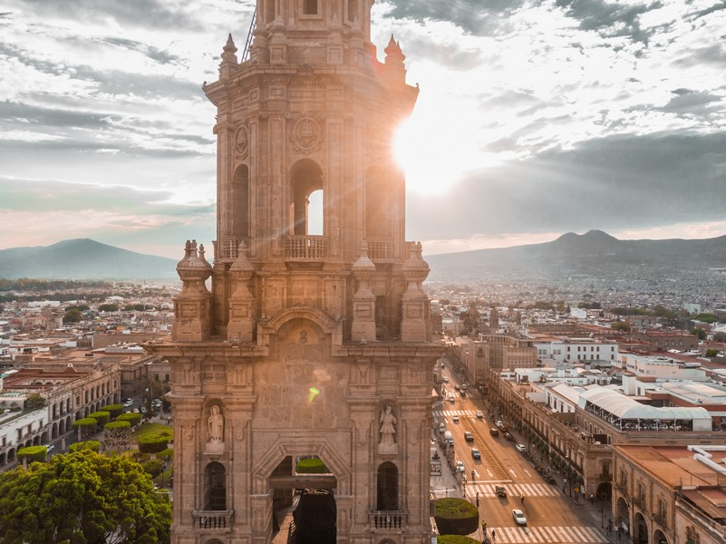 One of the best mexico vacation spots is Mexico City, bustling with life and vibrancy