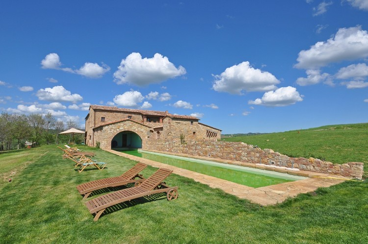 Casale Pienza - holidays to Tuscany.  Luxury villa rental in Tuscany