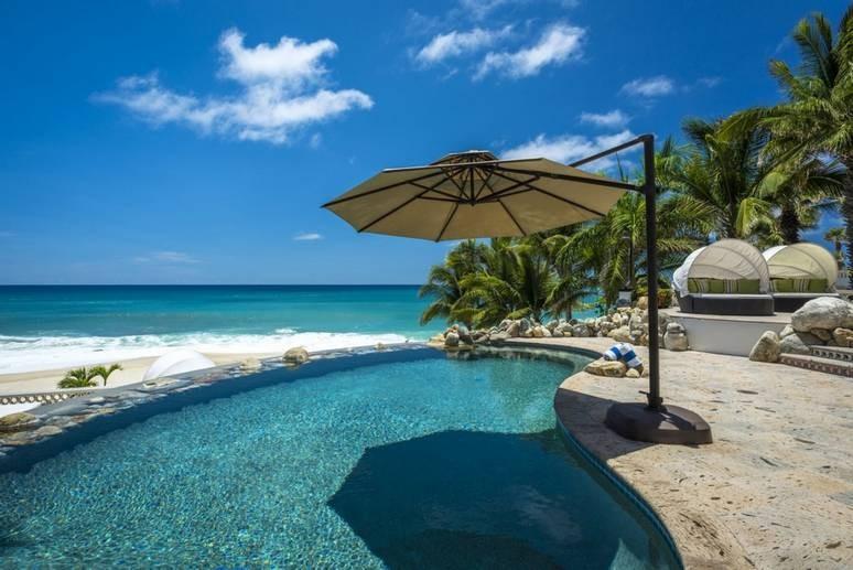 Pool area at Casa Edwards villa in los cabos