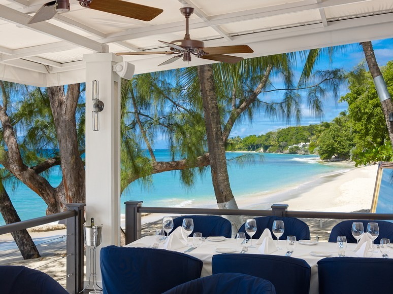 Situated right on the beach, the Lone Star Restaurant is an ideal spot to have a meal and enjoy the scenery