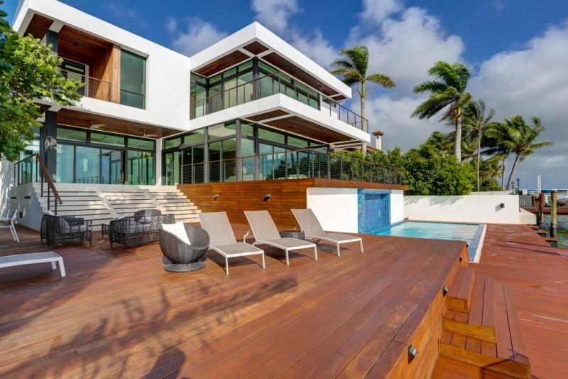 Villa Zephyr in Miami