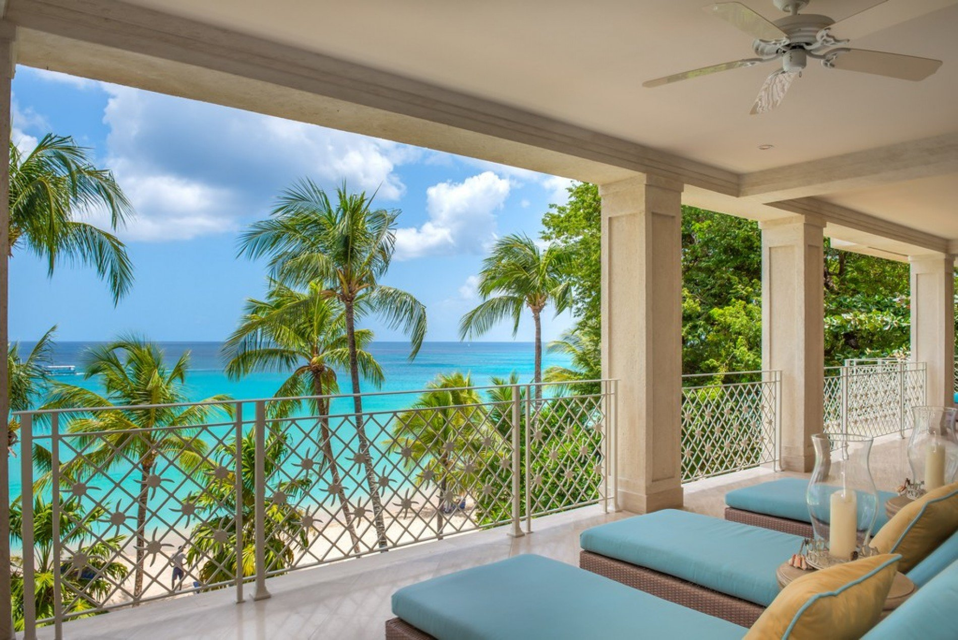 Smugglers Cove No.5 Paynes Bay - 4 Bedrooms on