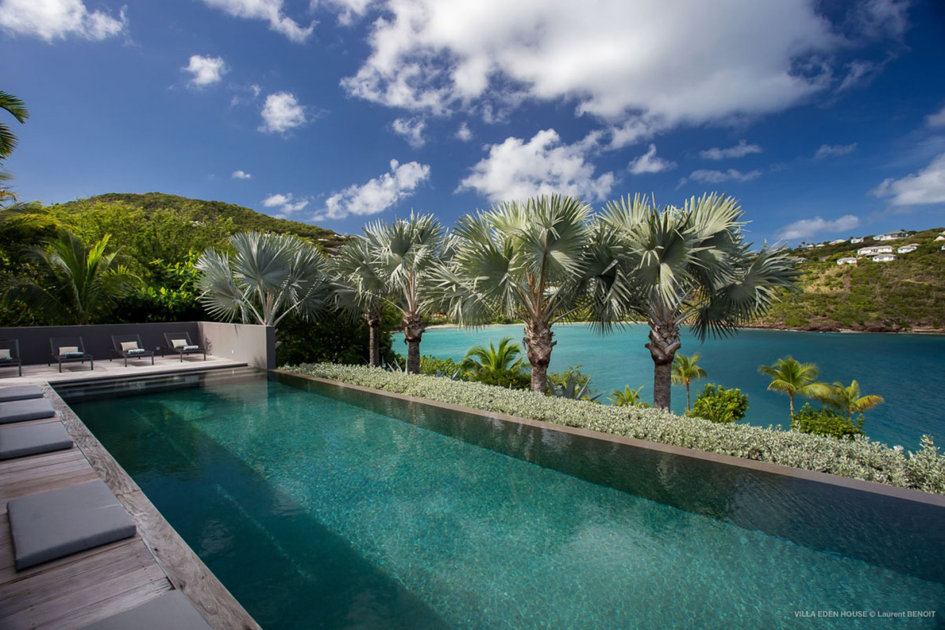 Eden house st barths luxury villa st barths for Marigot beach st barts