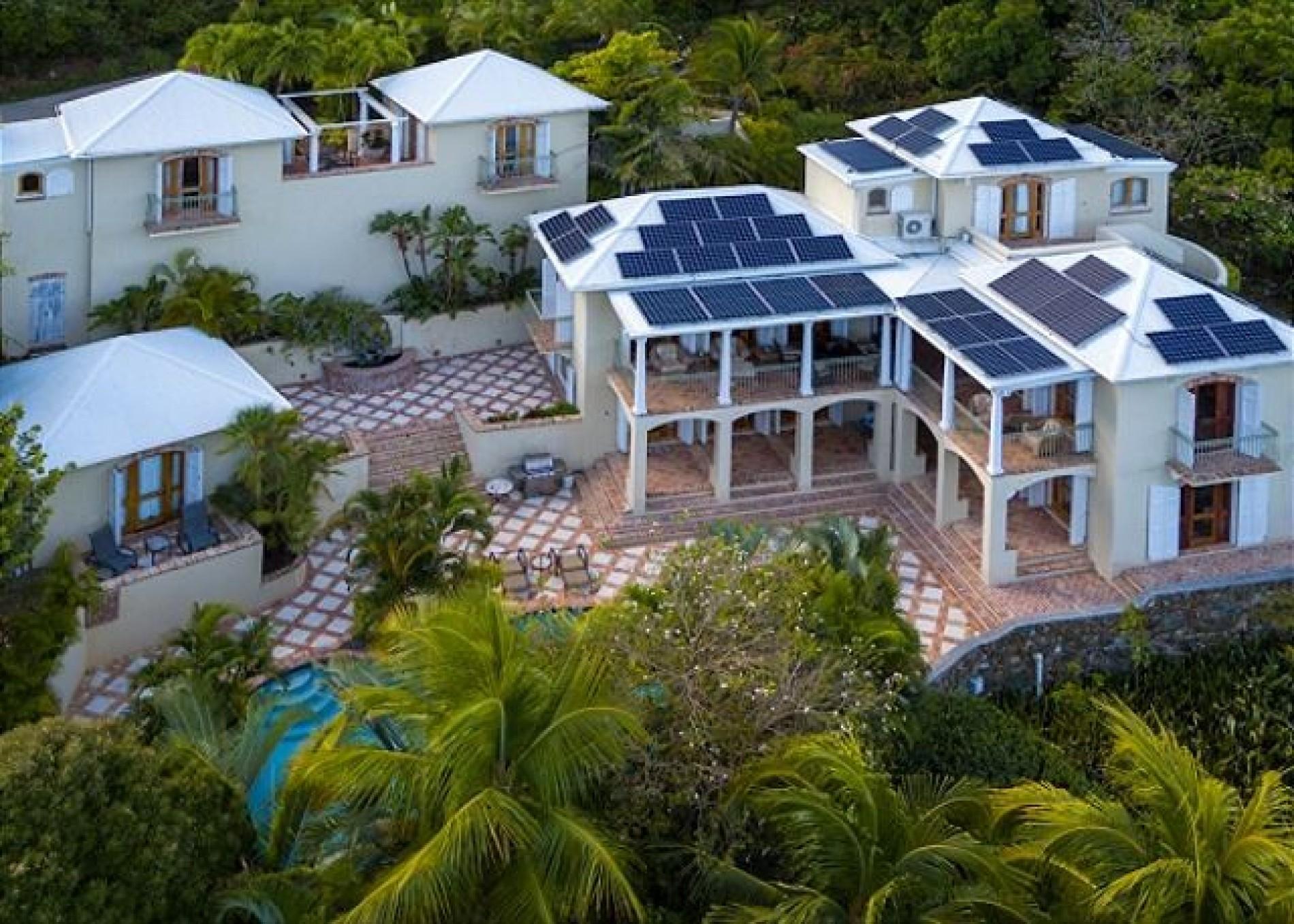 Barefoot celebrity twink paradise