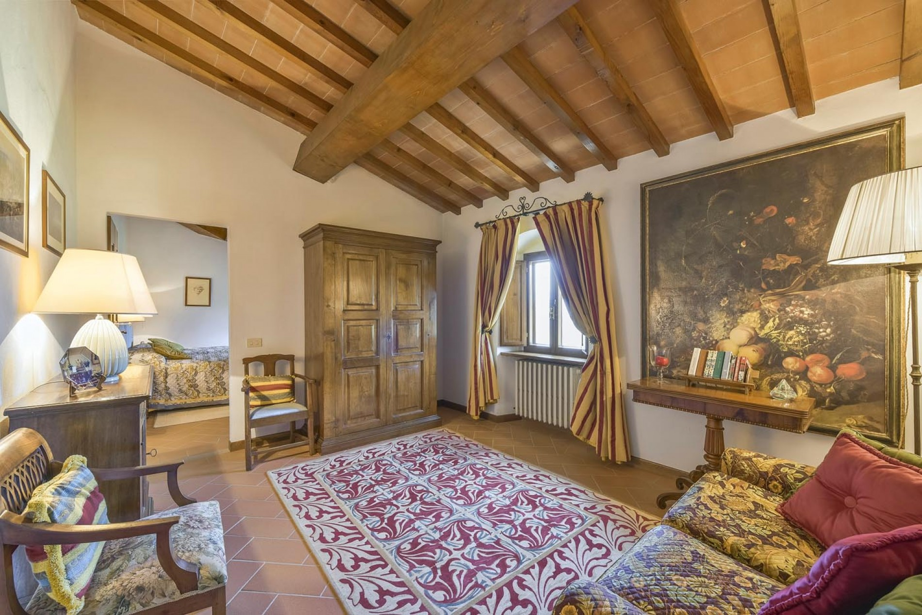 Astra - Close to Florence - 4 Bedroom