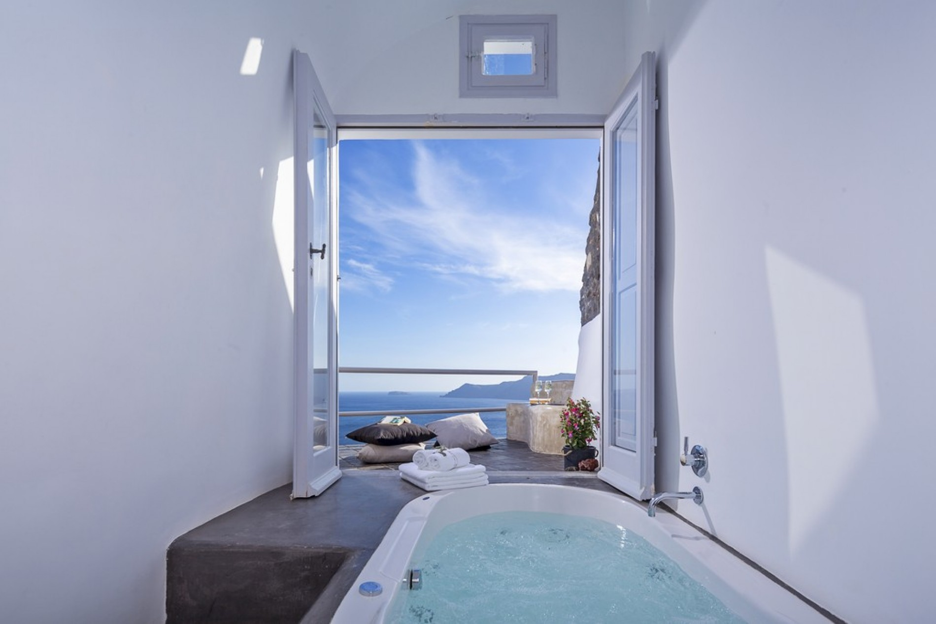 Secret Escape Santorini Exceptional Villas