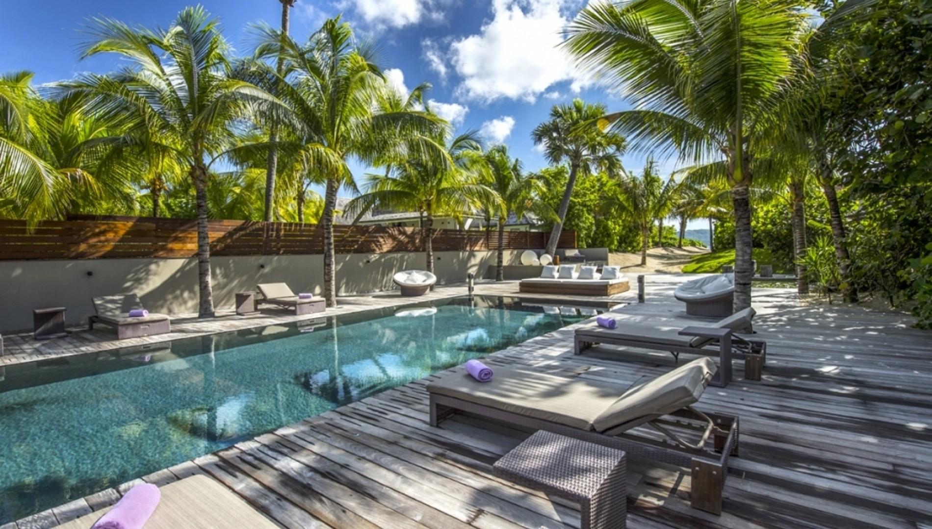 Anse Des Cayes Beach St Barts