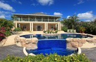 Villa Bananaquit-luxury swimming pool