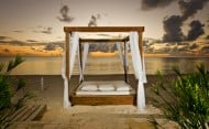 Coral Reef Villa - Day Bed