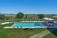 Vikida | Luxury Villa in Italy | Villa near Cortona