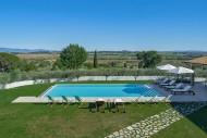 Vikida   Luxury Villa in Italy   Villa near Cortona
