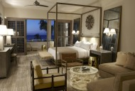 Ocean front Villas at the Viceroy - Mater Bedroom with Sea Views