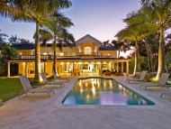 Amberley House - Luxury Property - Villa at Night Time