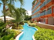 Villas on The Beach 102 - Luxury Beach Front Apartment - Garden Area