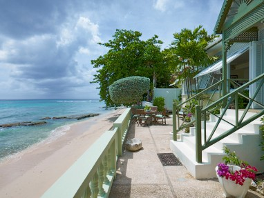 Turtle Reef - Beach Front Villa - Luxurious Beach Rental