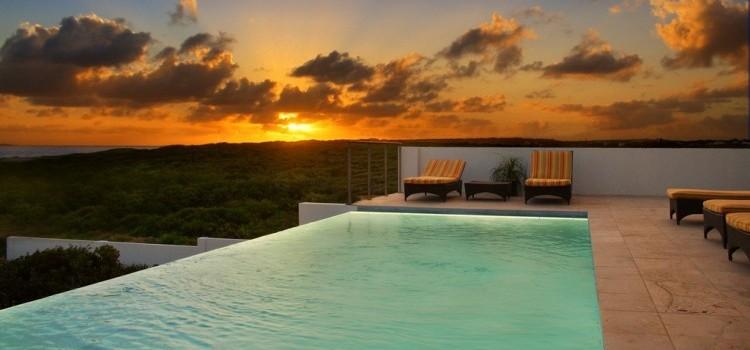 Tequila Sunrise - Luxury Ocean Front Villa - Infinity Pool