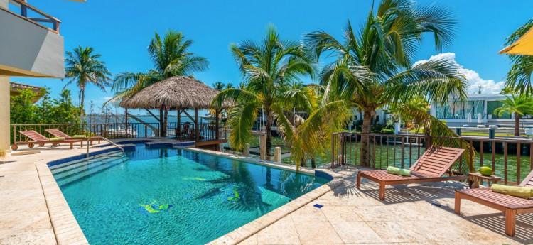 Villa Callista North Miami