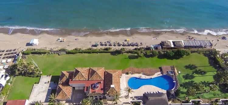 Hippo Beach Villa