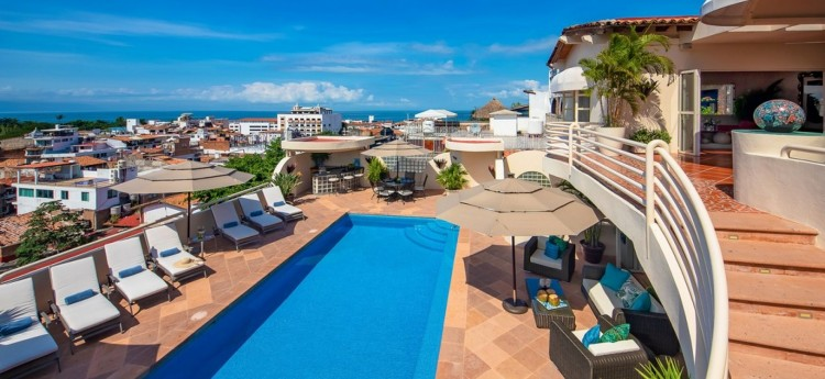 Casa Tabachin & the beautiful outdoor space