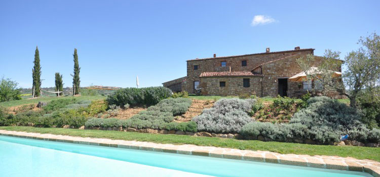 Casale Orcia luxury holiday rental farmhouse in Italy