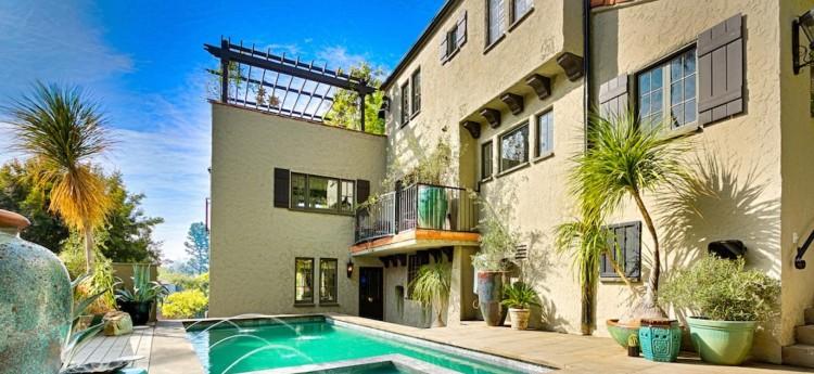 Villa Knoll in Los Angeles, California