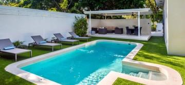 Pool and garden at Villa Faith Miami Shores